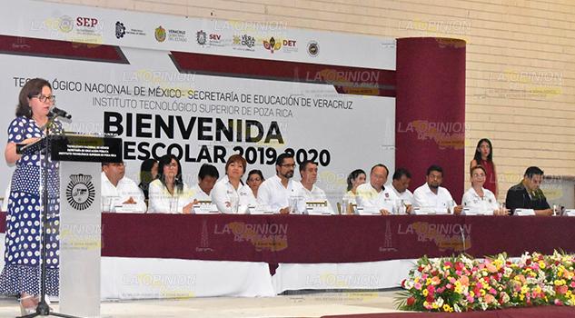 Gobierno de Poza Rica desea el mejor de los éxitos a nuevos estudiantes del ITSPR