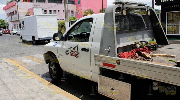 Grúas Méndez roba autopartes en Veracruz