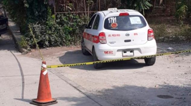 Hallan en Álamo taxi robado de Poza Rica