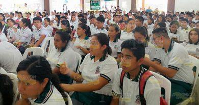 Llaman a jóvenes de Castillo de Teayo a capacitarse en diferentes áreas