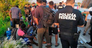 Rescatan en Coatzacoalcos a migrantes de India, Bangladesh y Sri Lanka