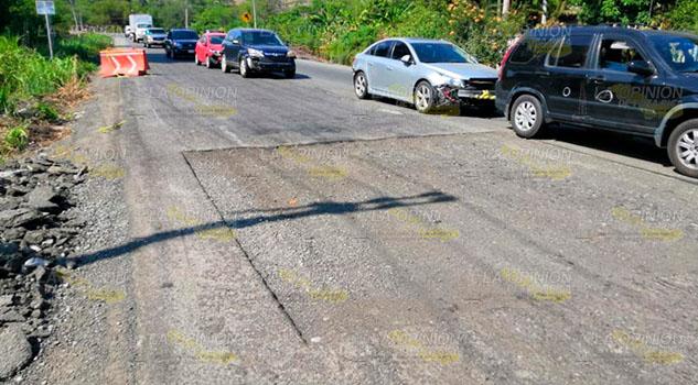 SCT deja trabajos inconclusos en la carretera Pachuca - Tuxpan