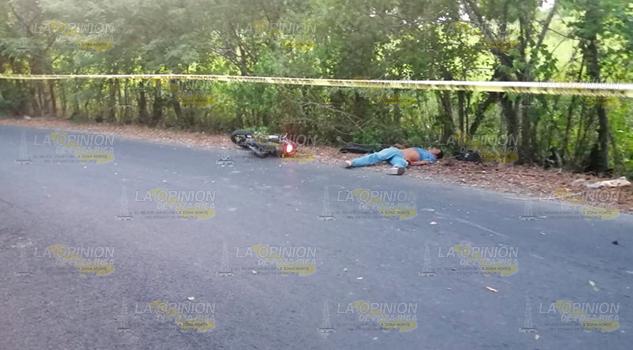 Albañil fallece al derrapar su motocicleta en la carretera Coatzintla – Santa María