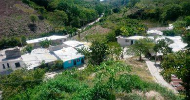 Sin luz cientos de familias en sectores de la Zapata en Papantla