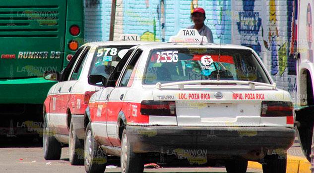 Taxistas de Poza Rica bajo la lupa en el regreso a clases