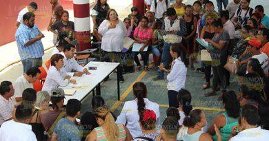 Toman escuela Telesecundaria Arroyo del Maíz