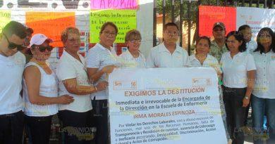 Toman instalaciones de la escuela de enfermería en Poza Rica