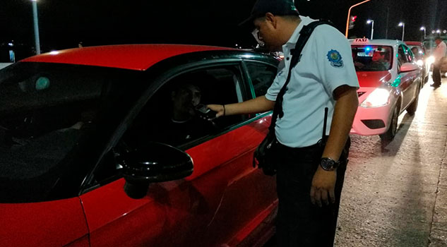 Arrancó el operativo Alcoholímetro en Tuxpan