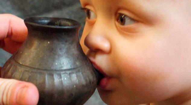 Bebés prehistóricos bebieron leche animal, según estudio