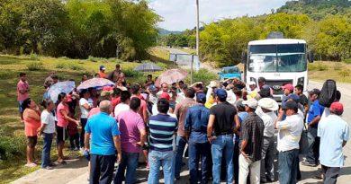 Conflicto en Palo de Rosa, Tihuatlán por invasión de ruleteros