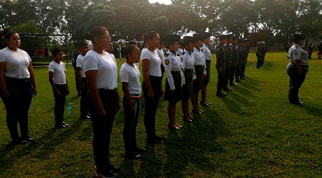 Crece interés en Tuxpan por el Pentatlón Militarizado