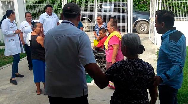 Dan pláticas sobre acciones básicas en caso de desastre a comunidades de Tihuatlán