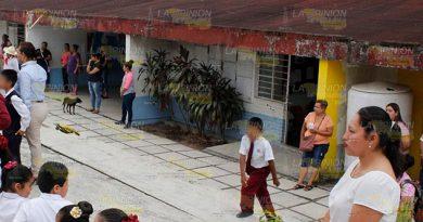 Escuelas de Poza Rica van a tener escrituras