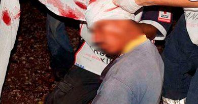 Hombre cae de una camioneta y resulta herido en colonia de Huejutla