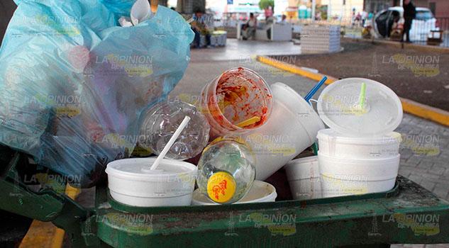 Inundados de plástico en Poza Rica