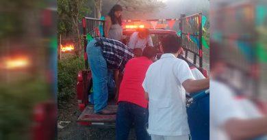 Joven sufre cornada en un jaripeo en la comunidad Tamalinillo