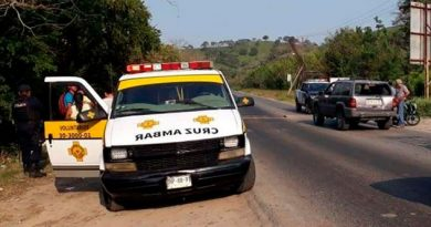Octogenaria sufre descompensación, es llevada al hospital civil de Naranjos