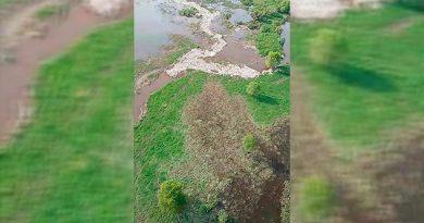 Por toneladas de basura sube caudal del Río Blanco
