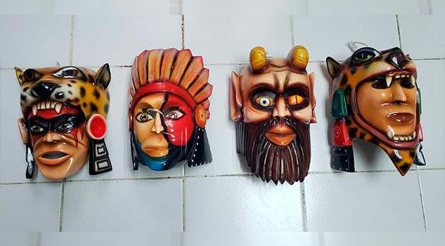 Preparan las máscaras que formaran parte de la gran exposición en Tempoal