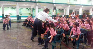 Reanudan pláticas de educación vial en escuelas de Tuxpan