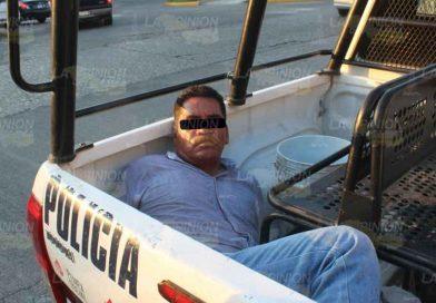 Intentó matar a su exmujer, brasier le salvó la vida