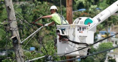 Arrestos por sobornos en la reparación de la red eléctrica en Puerto Rico