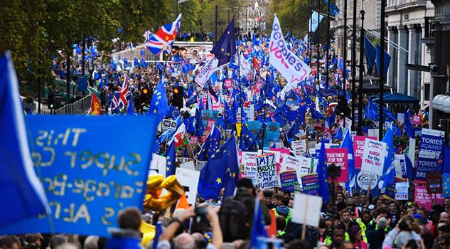 Boris Johnson sufre un revés en el Parlamento, deberá pedir un nuevo plazo para el brexit