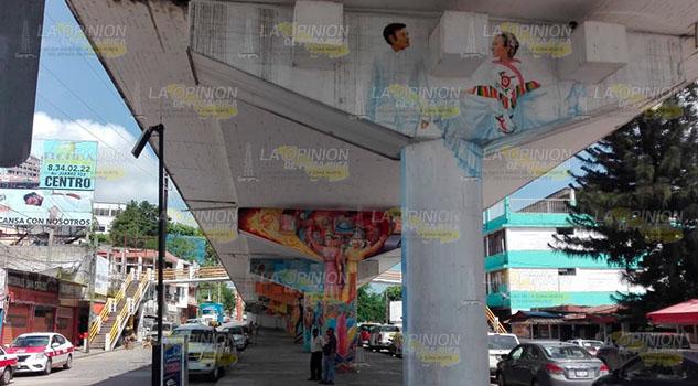 Dejan inconclusos los murales de la identidad huasteca en Tuxpan