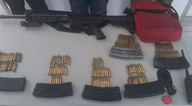 Detenidos tres hombres por portación ilegal de arma de fuego, en Martínez 3