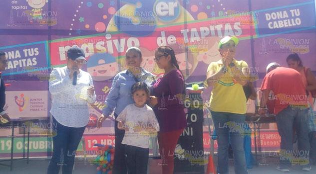 Realizan colecta masiva de tapitas a beneficio de niños con cáncer en Xalapa