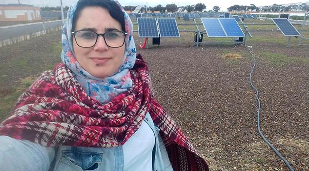 Rey de Marruecos indulta a la periodista encarcelada por abortar