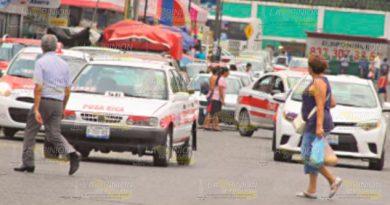 Taxistas burlan a las autoridades en Poza Rica