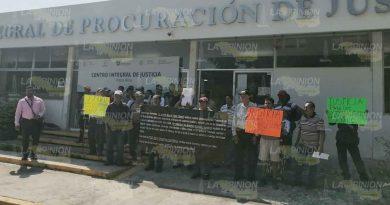 Cobran dinero de los ex policías de la Interminucipal de Poza Rica