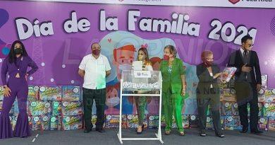 "DIF Poza Rica realiza evento virtual ""Día de La Familia"" 2021"