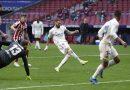 Benzema rescata al Real Madrid en el empate ante el Atlético de Madrid