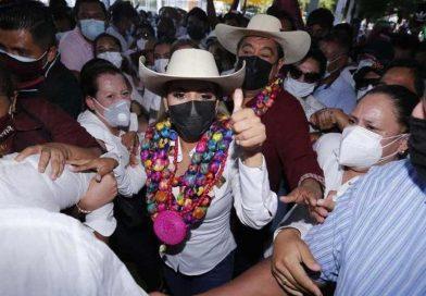 Félix Salgado presente en el arranque de campaña de su hija Evelyn