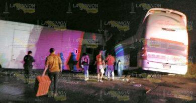 Dos muertos en choque de Futura proveniente de Poza Rica