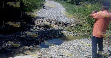 Lluvias destrozan la carretera Espinal-Tenampulco