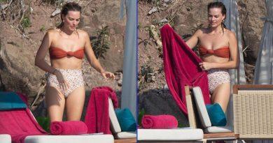 Margot Robbie presume 'bikini body' en Puerto Vallarta