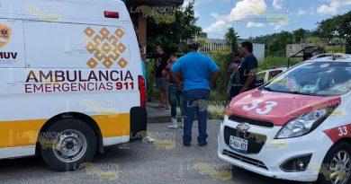 Tres menores fueron atropellados en un taxi en Coatzintla