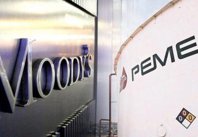 Pemex se dice en desacuerdo por baja de calificación de Moody's
