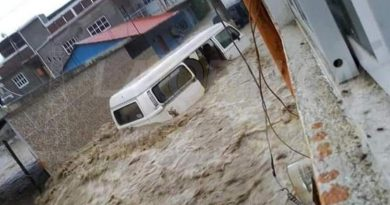 Familias afectadas por lluvias en Ixhuatlán de Madero