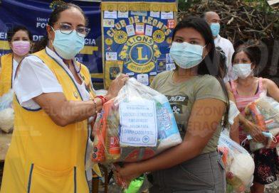 Entregan apoyo alimentario a familias de la colonia Reforma