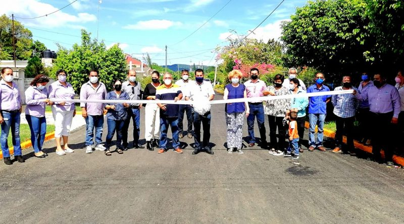Alcalde de Naranjos inaugura más obra pública