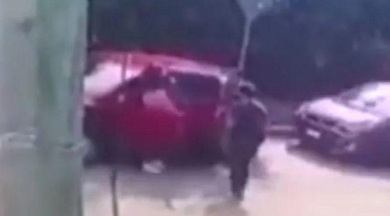 Asaltantes disparan a joven en la cabeza en Cuernavaca