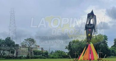 """Exponen en Tuxpan """"La Catrina más alta la zona norte"""""""